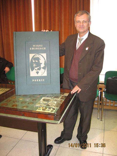 Cea mai mare carte bibliofila Eminescu din lume